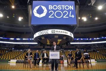 BN-JO848_boston_J_20150727163243