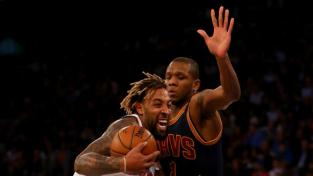 497075082-derrick-williams-of-the-new-york-knicks-heads-for-the.jpg.CROP.rtstory-large